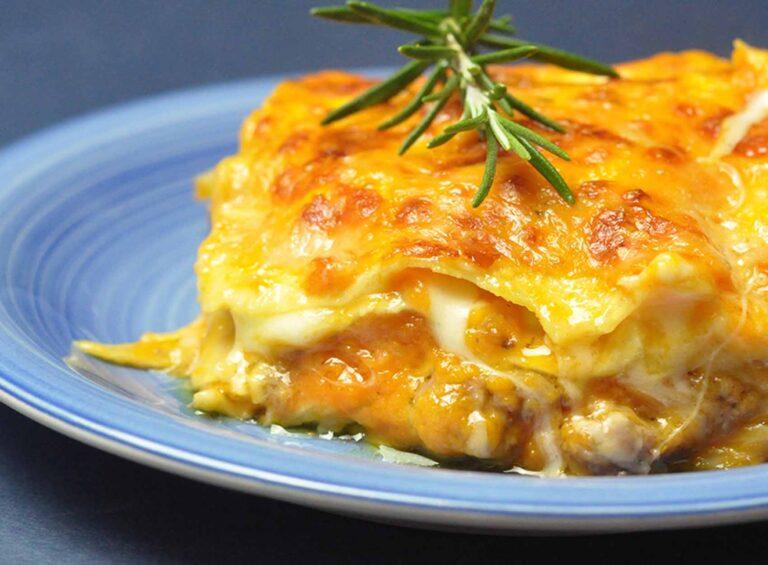 Lasagnetta mit Kürbis und geräuchertem Scamorza-Käse